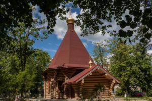 Храм священномученика Вениамина митрополита Петроградского пос. Янино-1