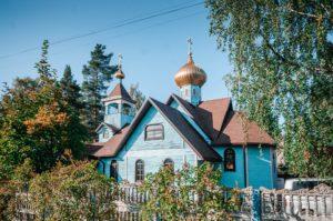 Храм святых равноапостольных Константина и Елены г. Всеволожск (микрорайон Бернгардовка)