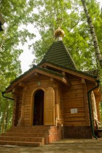 Храм в честь святой равноапостольной Марии Магдалины в деревне Бор